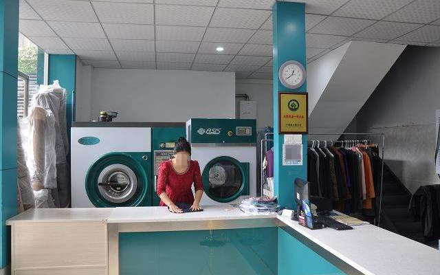 洗衣店用上短信群发平台再不愁会员通知和营销优惠信息发布了